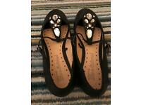 Size 8 - Brand new jewelled flat black shoes