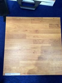 Laminate worktops (oak effect)