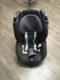 MaxiCosi car seat.