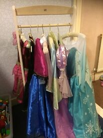 dress up stand & dressing up clothes/shoes