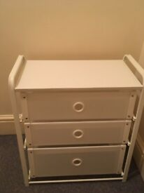 IKEA Chest of 3 drawers - Grab a bargain!