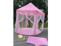 Kids hexagonal play tent, ideal for indoor and outdoor use and comes with decorative lights