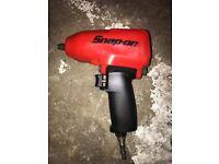 Snap on 3/8 air impact gun red windy gun wrench