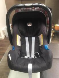 Britax baby safe (0-13kg) car seat