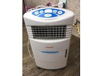 Quality Honeywell Remote Control Evaporative Air Cooler with Built-in ioniser and 20 L Water Tank