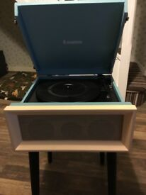 Steepletone Dansette Style record player
