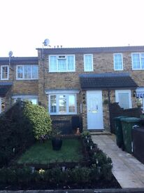 Beautiful 1 bedroom house for sale Ashford, Middlesex, West London, TW15 2HE