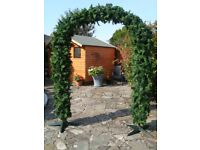 8FT TALL ARTIFICIAL ARCH 80INCH WIDE INDOOR OR OUTDOOR COMES APART FOR STORAGE COST £1200 ONLY £150