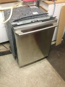 Electrolux Wave Touch IQ dishwasher