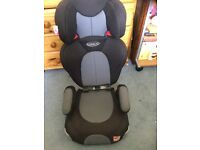 Graco car seat with cup holders