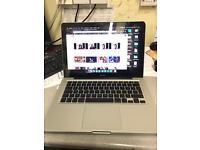 Macbook 5,1 2.4ghz 4gb ram 500GbHDD