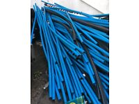 Various lengths of blue and black water pipe from 2m to 3m Dimensions as per photos