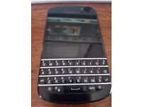 Blackberry Q10 Unlocked Charger & Cable Good Full Working Condition