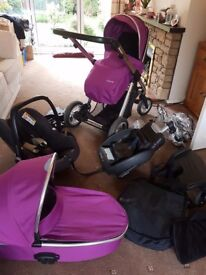 Oyster max pram and carrycot/car seat/buggy board/easybase2