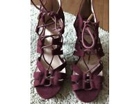 Strappy sandals size 6