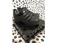 New Look sandal type shoes size 7