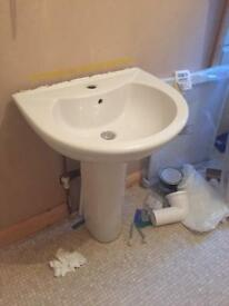 Bathroom basin - £7 ono - sadly cracked but pedestal and pop-up waste OK