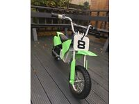 Razor MX350 Dirt Electric Bike - green £100 for quick Speeds up to 14mph -