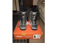 ThirtyTwo Snowboard Boots - UK Size 8
