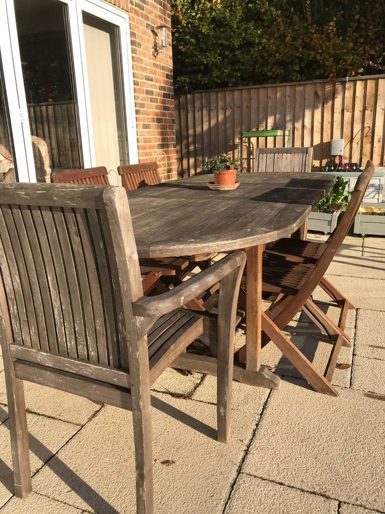 Garden table and 6 chairs furniture set inc 2 carvers