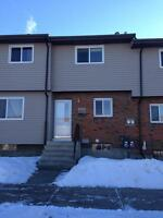 Red Key Realty ~ PM 593 ~ INNISFAIL 3 BEDROOM TOWNHOUSE