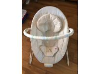 Bright Starts baby seat/bouncer