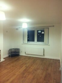 A superbly redecorated two bedroom ground floor flat to rent. 42 Valley Gardens, Kirkcaldy - £445pm
