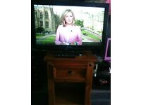 PANASONIC 32 INCH TV WITH REMOTE