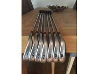 Titleist AP1 714 irons 4 to Pw ( 7 clubs)
