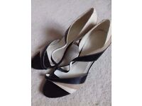 Next open toed heeled sandals brown size 5