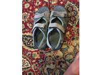 Used boys sandals size 5