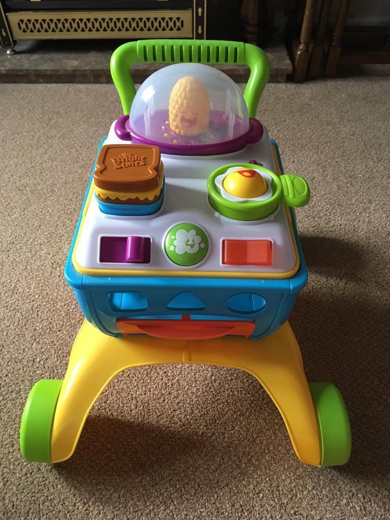 Baby trolley/walker