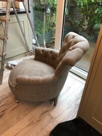 LOVELY VOYAGE CHAIR