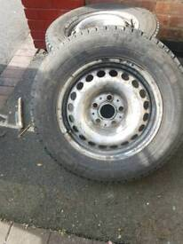 3 Steel wheels with tyres