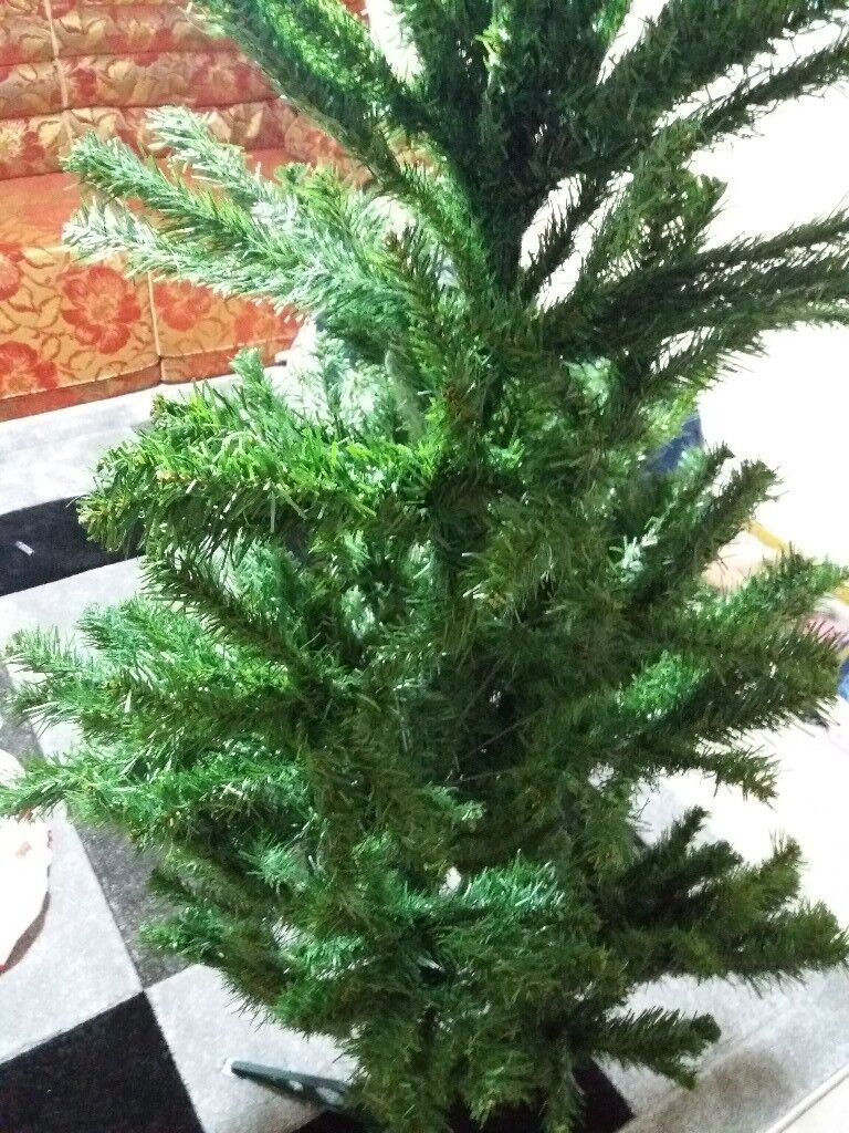 Christmas tree | in Leicester, Leicestershire | Gumtree