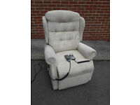 Celebrity Electric Riser Recliner chair with built-in heat/massage