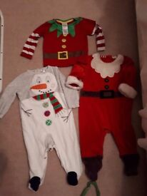 Unisex Christmas outfits 6-12m