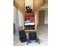 Silver Cross Pioneer Pram Complete Package with isofix & silvercross extras