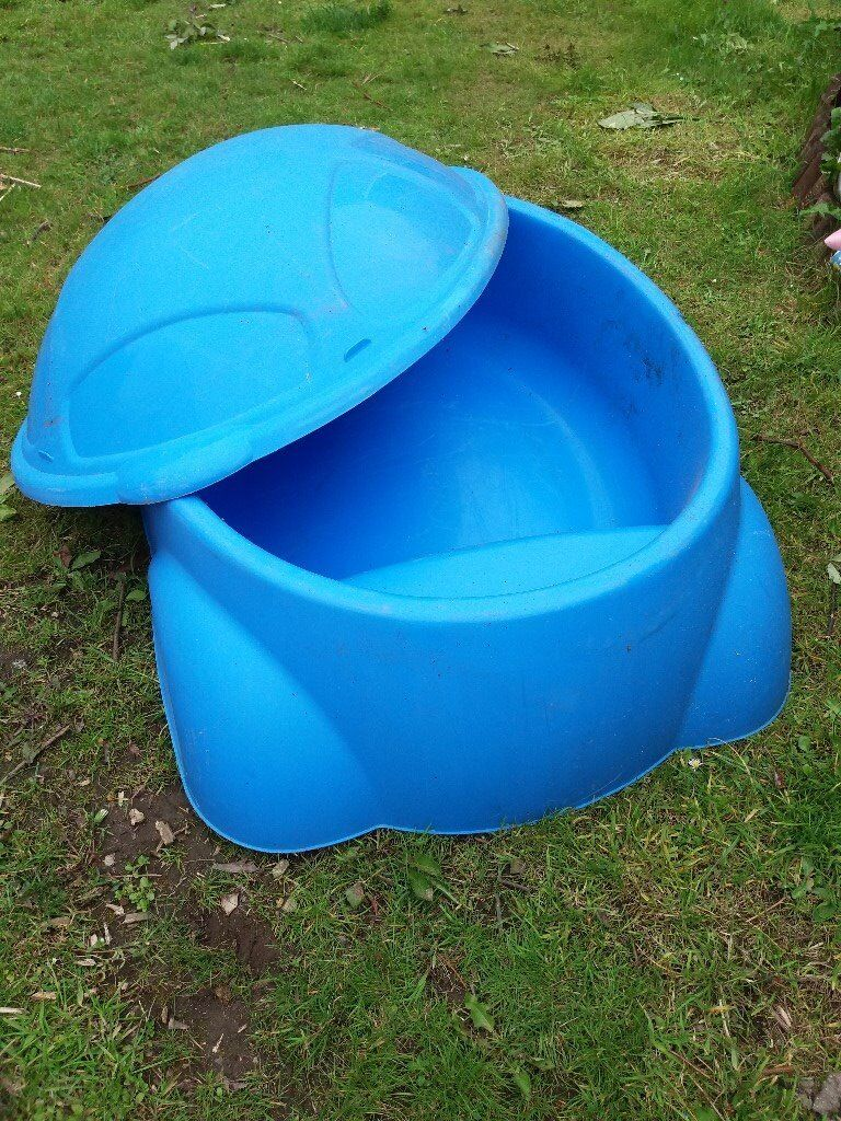 Large sand pit with lid for sale could be use as paddling for Large paddling pool