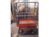 NSG POP UP ELECTRIC POPUP SCISSOR LIFT PLATFORM NSG509 363CM 215KG 12V 2005