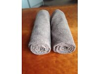 HUGE SALE! Matching bathroom set with towels and rugs (color beige)