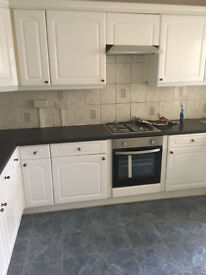 BEAUTIFUL 3 BED FLAT ON ROMFORD ROAD NEAR EAST HAM (DSS WELCOME)