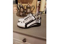 Mens D Squared Sneakers (size 41) Literally brand new .. worn only few times