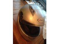 Vcan motorcycle helmet. Medium