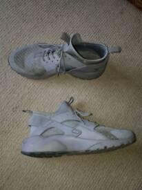 Nike haurache (GREY) (size 10)