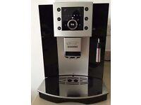 DeLonghi ESAM 5400 Esspresso Beean to Cup Coffee Maker CLEAN
