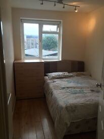LARGE DOUBLE ROOM IN BATTERSEA AVAILABLE NOW ,ALL INCLUDED