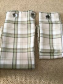 Checked country style eyelet curtains- great condition