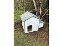 Complete chicken set up for sale. Chickens, coop and accessories.
