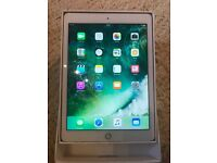 Ipad AIr2 gold 64GB in very good condition